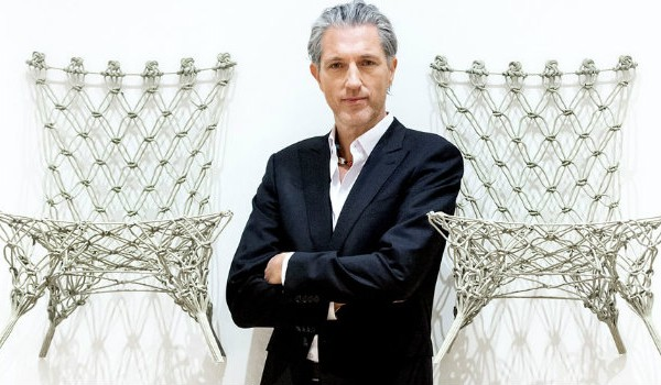 5 Modern Chair Ideas by Marcel Wanders 5 Modern Chair Ideas by Marcel Wanders Dutch designer Marcel Wanders poses between two of his Knotted Chairs 600x350