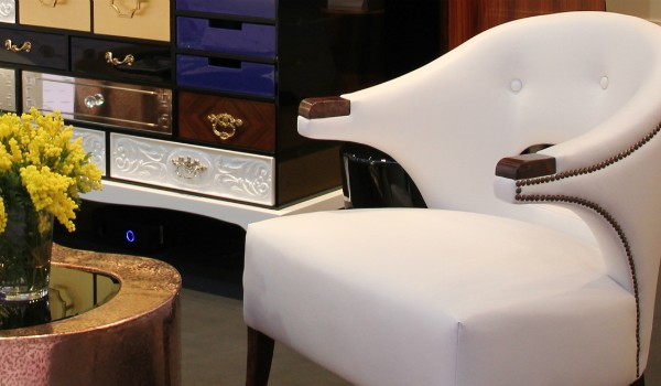 Decorate your Bedroom with a Luxurious White Armchair (2) White Armchair Decorate your Bedroom with a Luxurious White Armchair Decorate your Bedroom with a Luxurious White Armchair cover 600x350