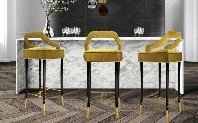 How to Decorate with Bars Chairs