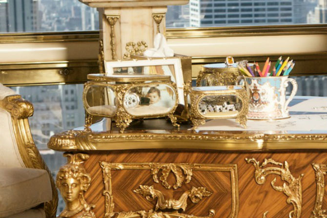 Luxury Dining Chairs From Donald Trump´s NYC Penthouse