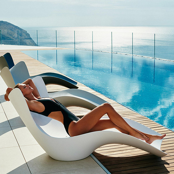 Modern Outdoor Lounge Chairs That Invite You to Sit Down and Enjoy Summer lounge chairs Outdoor Lounge Chairs That Invite You to Sit Down and Enjoy Summer Modern Outdoor Lounge Chairs That Invite You to Sit Down and Enjoy Summer 13