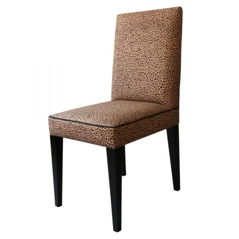 Nicholas Haslam: Dining Chairs with Prominent Design nicholas haslam Nicholas Haslam: Dining Chairs with Prominent Design Nicholas Haslam Dining Chairs with Prominent Design 1