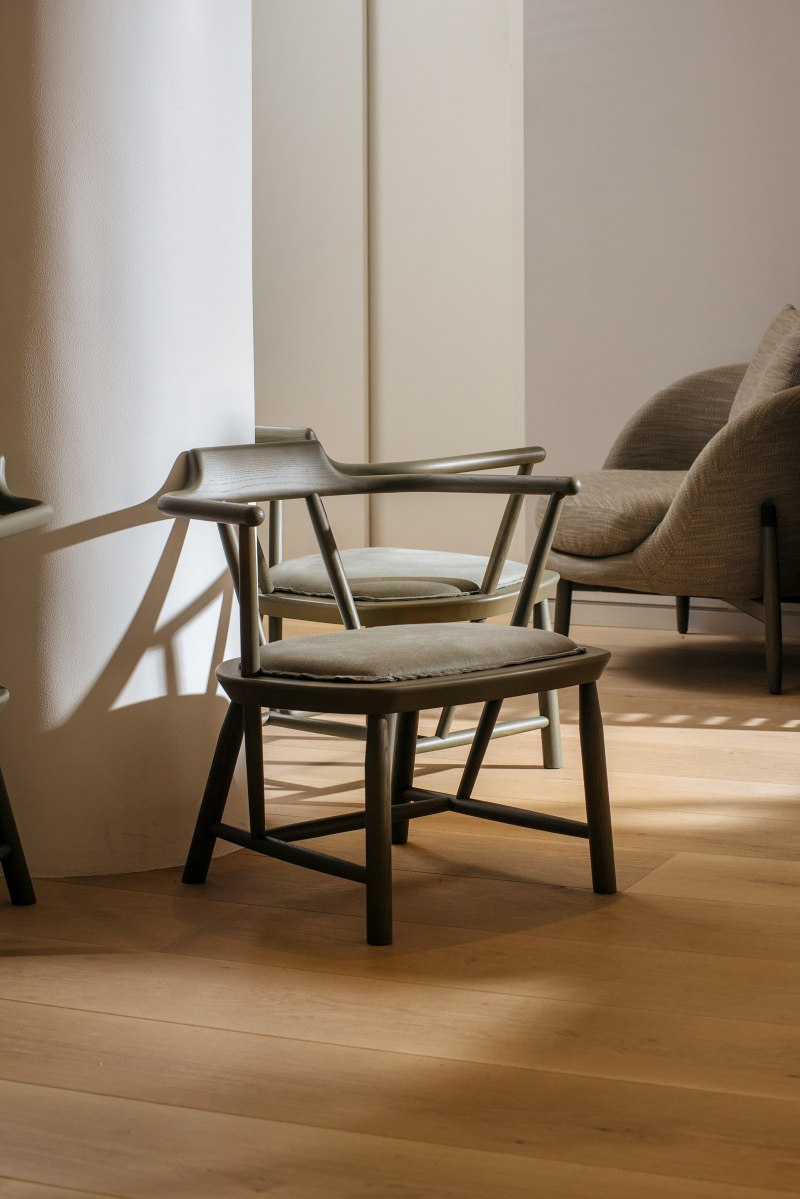 Yabu Pushelberg Amazingly Elegant Chair Design yabu pushelberg Yabu Pushelberg Amazingly Elegant Chair Design Yabu Pushelberg Amazingly Elegant Chair Design 7
