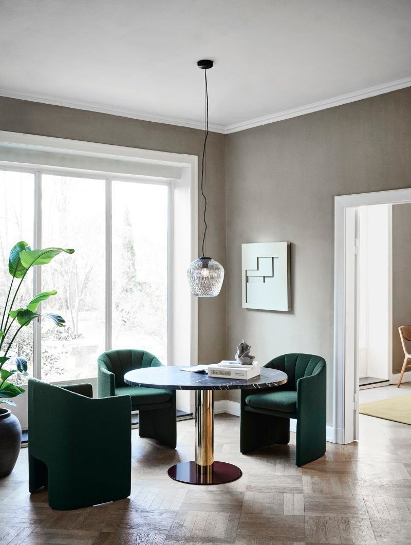 Space Copenhagen, The Duality and Contrast in Chair Design space copenhagen Space Copenhagen, The Duality and Contrast in Chair Design Space Copenhagen The Duality and Contrast in Chair Design 1