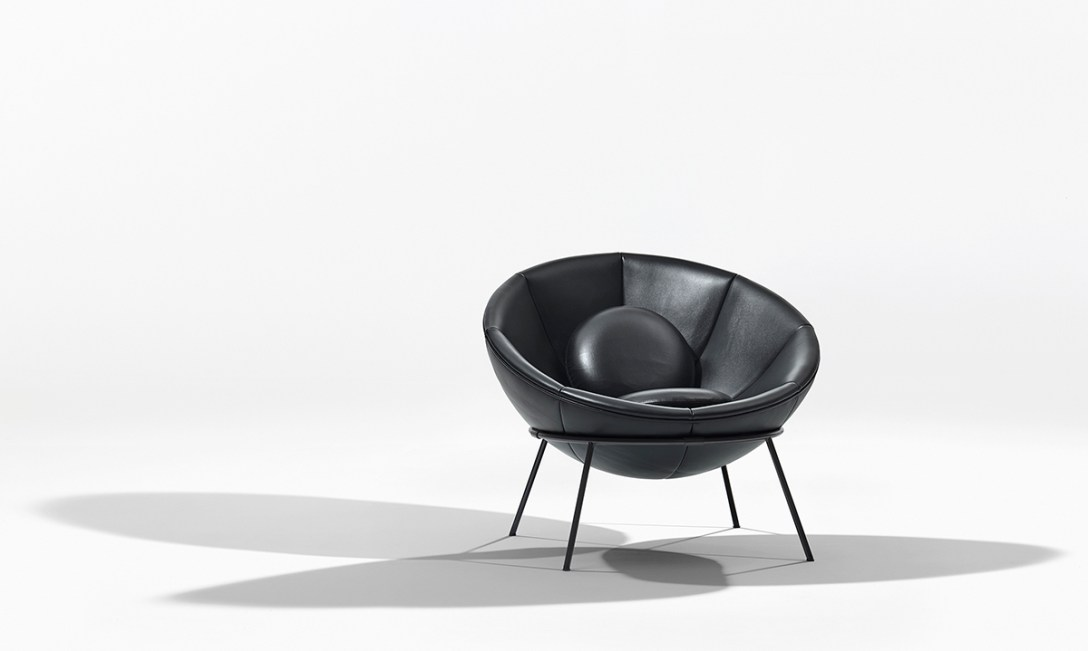 Iconic Chairs: The Top 10 Chairs Designed By Architects iconic chairs Iconic Chairs: The Top 10 Chairs Designed By Architects lina bo bardi bowl chair arper