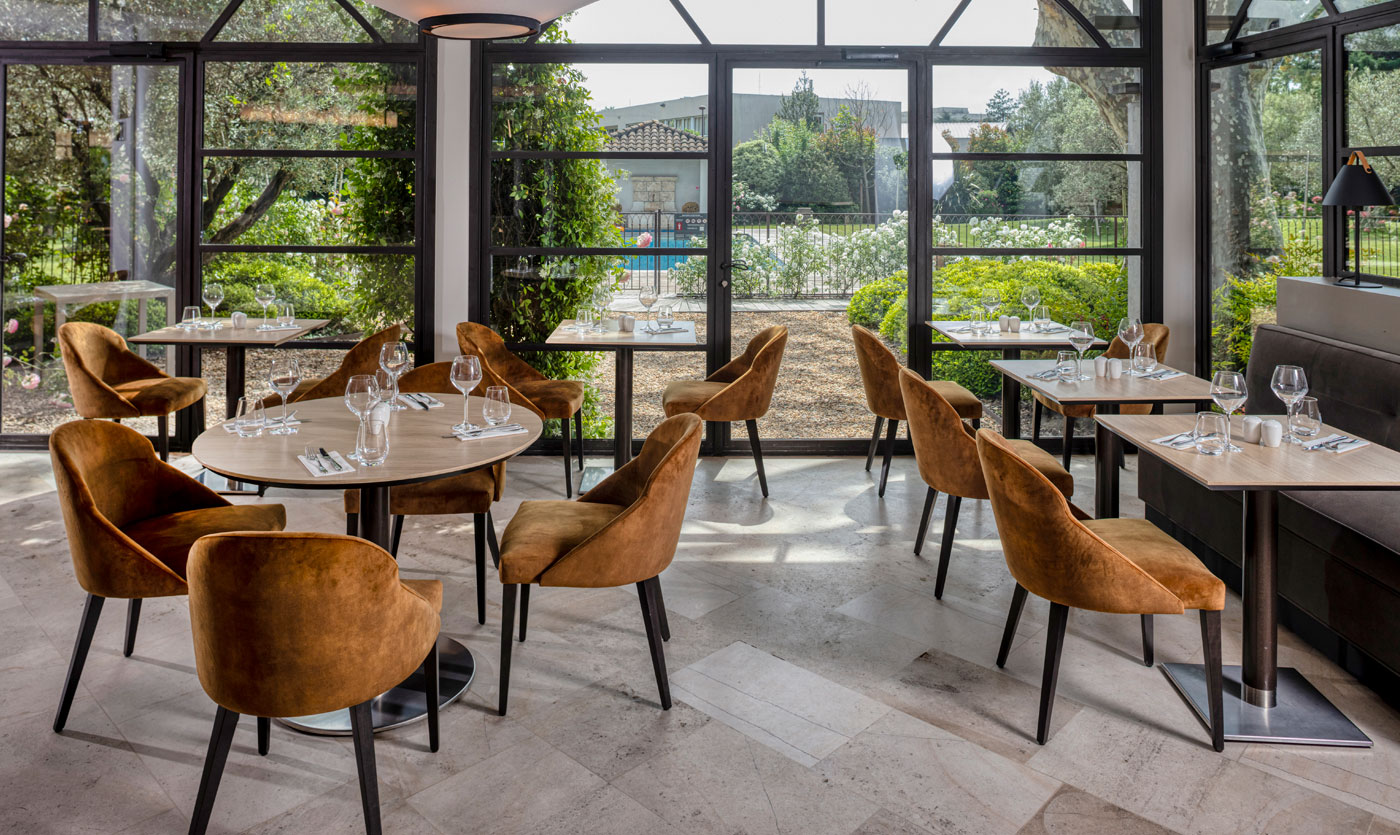 20 Stylish Dining Seating Options For Modern Hotels dining seating 20 Stylish Dining Seating Options For Modern Hotels 20 Stylish Dining Seating Options For Modern Hotels 7