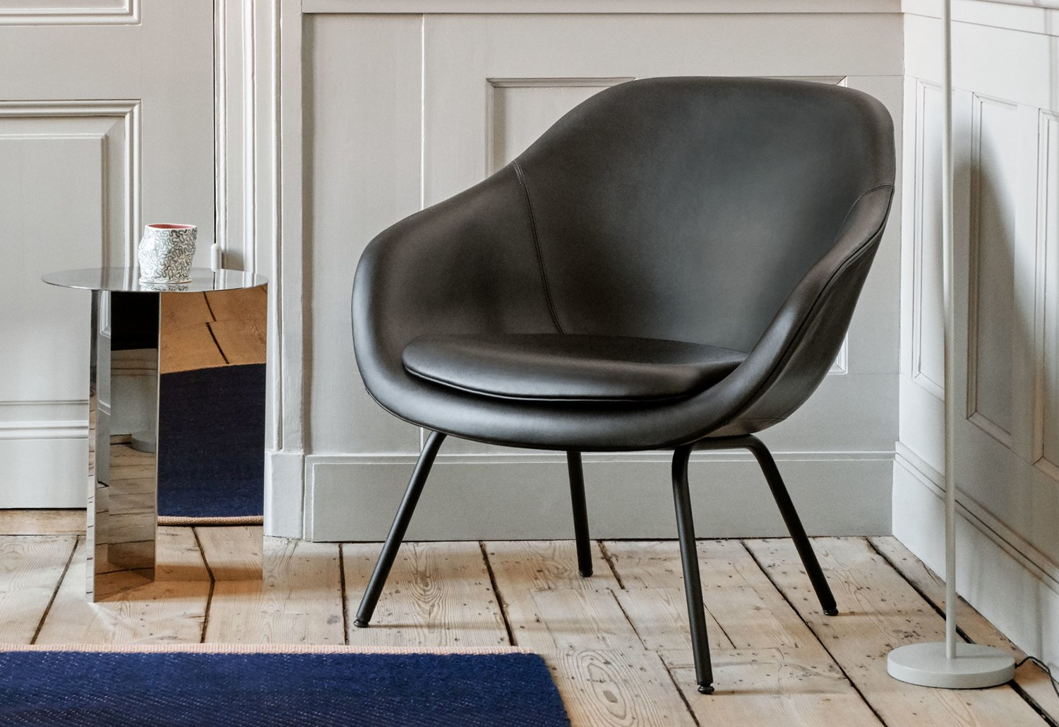 Hotel Lobbies and Waiting Spaces: A List Of 20 Modern Armchairs  modern armchairs Hotel Lobbies And Waiting Spaces: A List Of 20 Modern Armchairs Hotel Lobbies and Waiting Spaces A List Of 20 Modern Armchairs 10