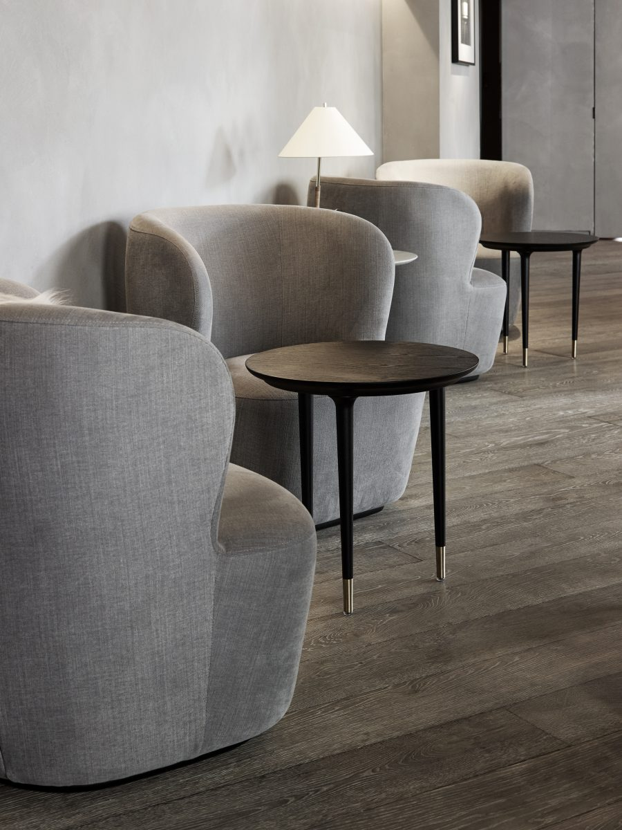 Hotel Lobbies and Waiting Spaces: A List Of 20 Modern Armchairs  modern armchairs Hotel Lobbies And Waiting Spaces: A List Of 20 Modern Armchairs Hotel Lobbies and Waiting Spaces A List Of 20 Modern Armchairs 2