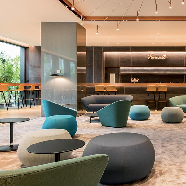 Hotel Lobbies and Waiting Spaces: A List Of 20 Modern Armchairs  modern armchairs Hotel Lobbies And Waiting Spaces: A List Of 20 Modern Armchairs Hotel Lobbies and Waiting Spaces A List Of 20 Modern Armchairs 20