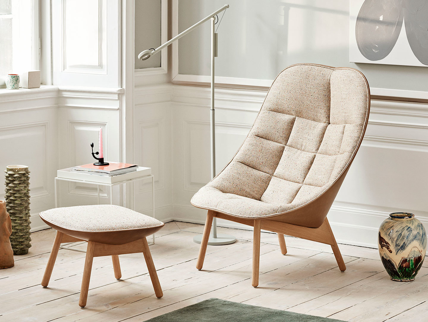 20 Reading Chairs That Will Help You Get Lost In Your Favourite Book reading chairs 20 Reading Chairs That Will Help You Get Lost In Your Favourite Book 20 Reading Chairs That Will Help You Get Lost In Your Favourite Book 18